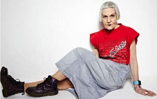 hip older woman